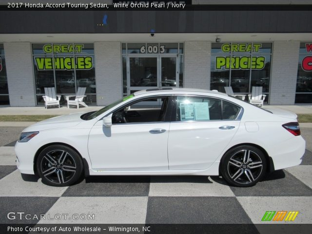 2017 Honda Accord Touring Sedan in White Orchid Pearl