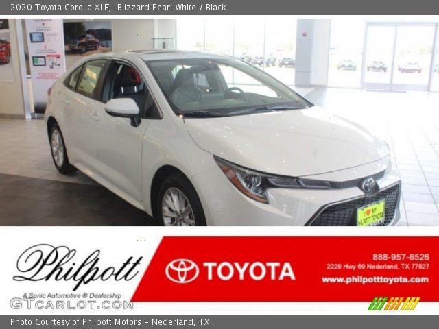 2020 Toyota Corolla XLE in Blizzard Pearl White