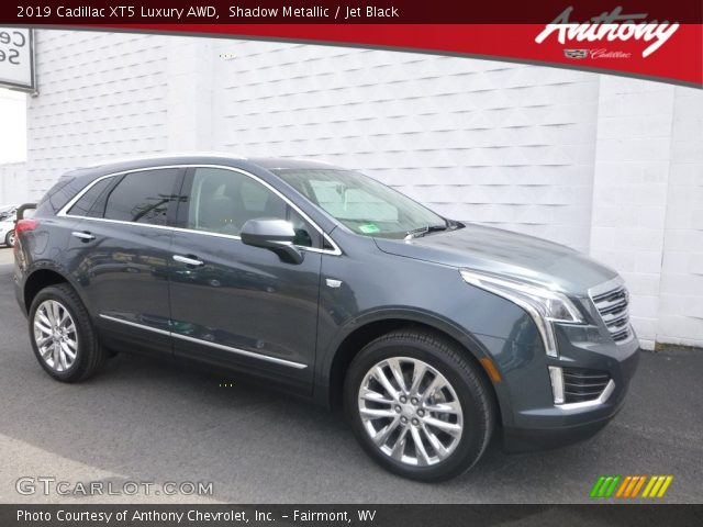 2019 Cadillac XT5 Luxury AWD in Shadow Metallic