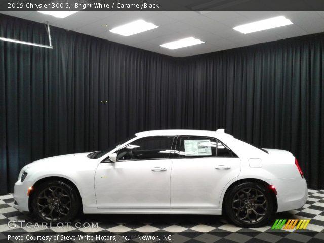 2019 Chrysler 300 S in Bright White