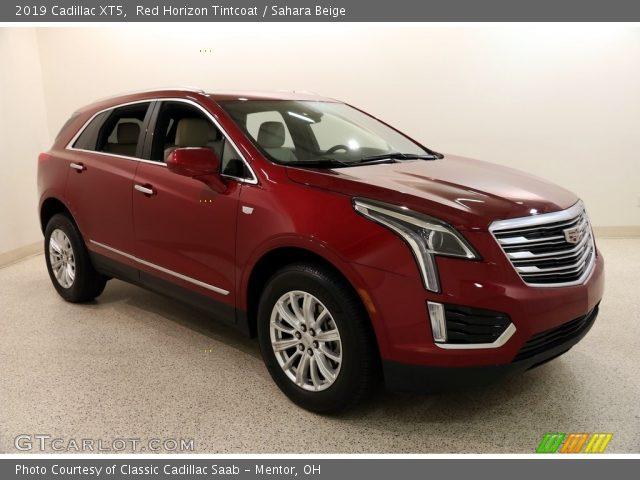 2019 Cadillac XT5  in Red Horizon Tintcoat
