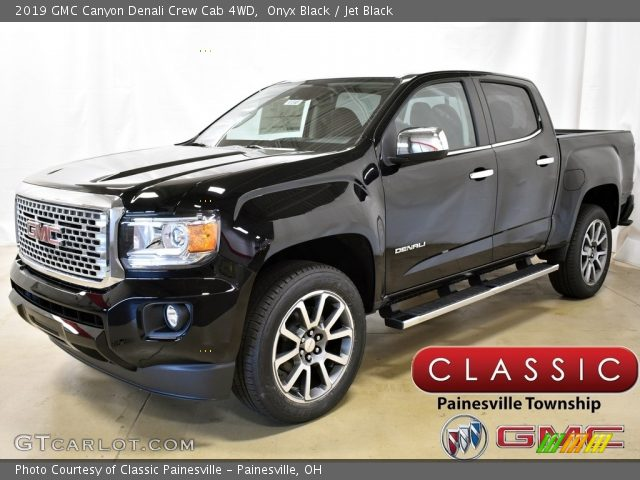 2019 GMC Canyon Denali Crew Cab 4WD in Onyx Black