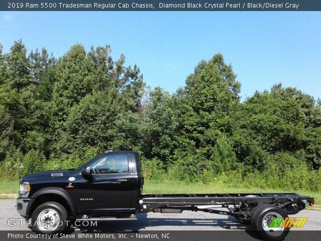 2019 Ram 5500 Tradesman Regular Cab Chassis in Diamond Black Crystal Pearl