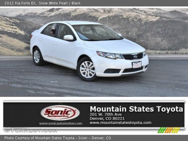 2012 Kia Forte EX in Snow White Pearl