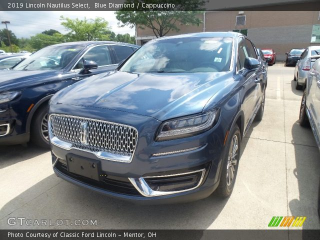 2019 Lincoln Nautilus Select in Blue Diamond