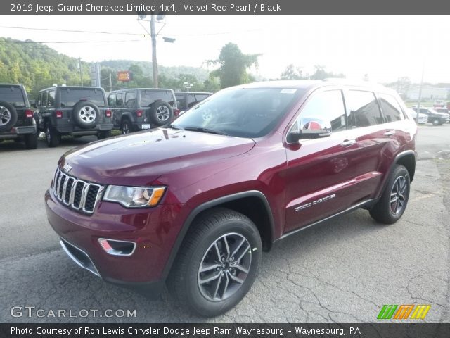2019 Jeep Grand Cherokee Limited 4x4 in Velvet Red Pearl