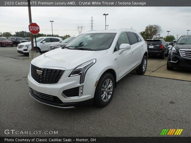 2020 Cadillac XT5 Premium Luxury AWD in Crystal White Tricoat