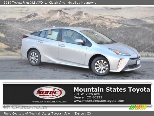2019 Toyota Prius XLE AWD-e in Classic Silver Metallic