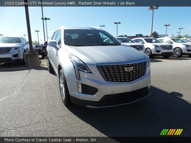 2020 Cadillac XT5 Premium Luxury AWD in Radiant Silver Metallic