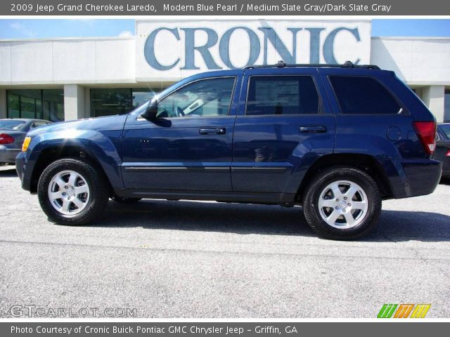 modern blue pearl 2009 jeep grand cherokee laredo medium slate gray dark slate gray interior. Black Bedroom Furniture Sets. Home Design Ideas
