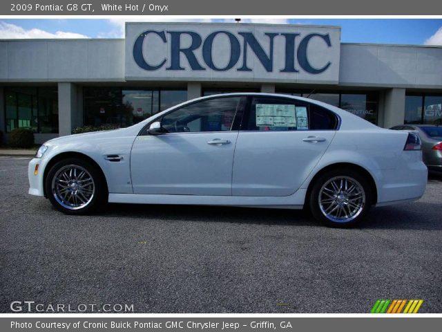 2009 Pontiac G8 GT in White Hot