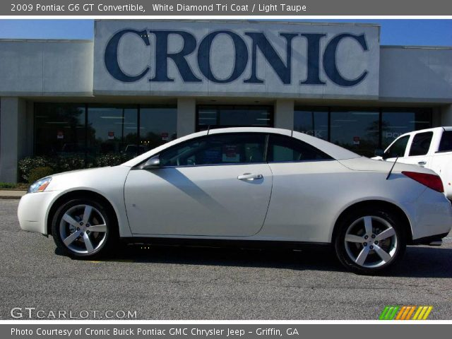 2009 Pontiac G6 GT Convertible in White Diamond Tri Coat