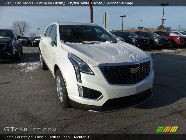2020 Cadillac XT5 Premium Luxury in Crystal White Tricoat