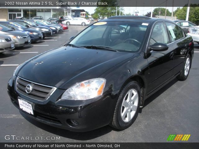 super black 2002 nissan altima 2 5 sl charcoal black interior vehicle. Black Bedroom Furniture Sets. Home Design Ideas