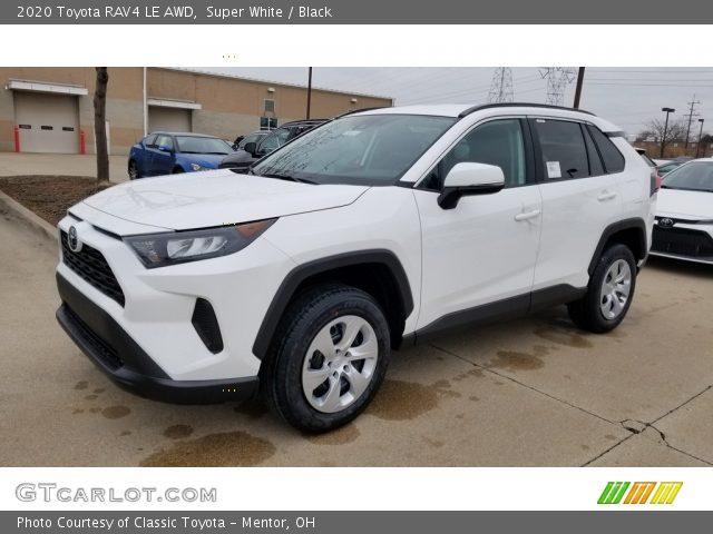 2020 Toyota RAV4 LE AWD in Super White