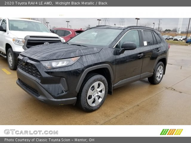 2020 Toyota RAV4 LE AWD in Midnight Black Metallic