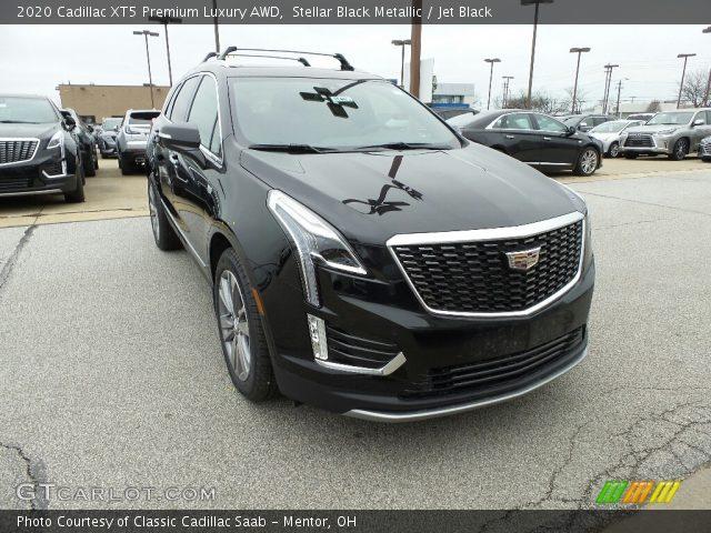 2020 Cadillac XT5 Premium Luxury AWD in Stellar Black Metallic