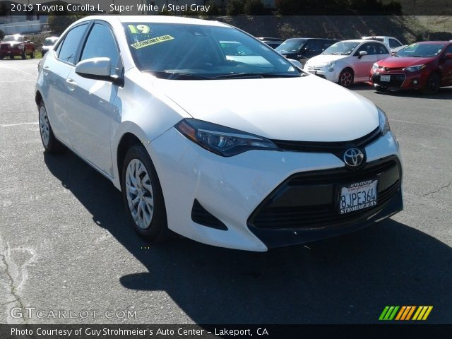 2019 Toyota Corolla L in Super White