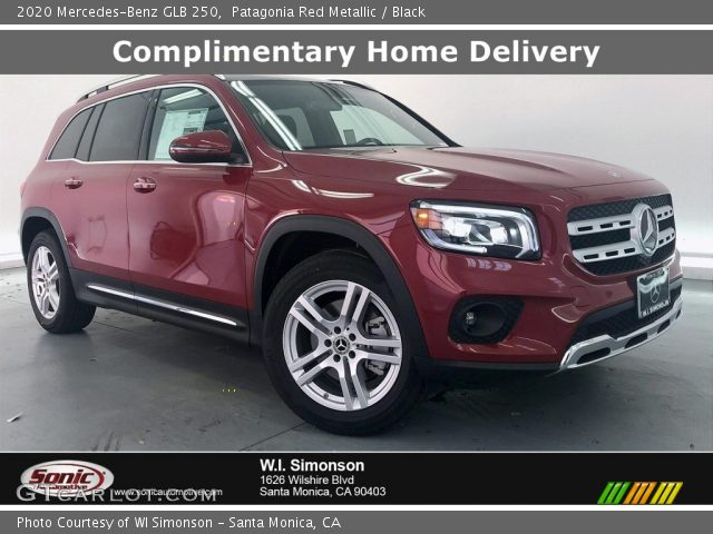 2020 Mercedes-Benz GLB 250 in Patagonia Red Metallic