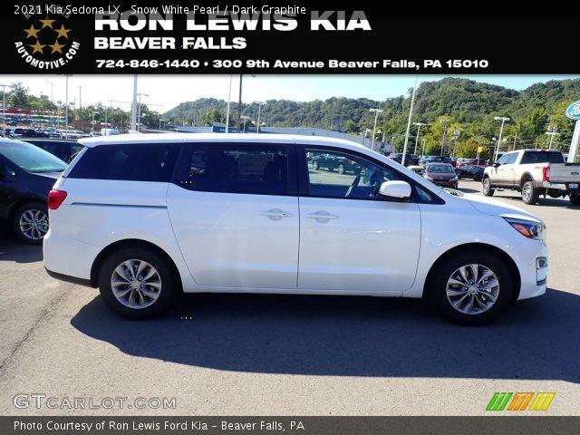 2021 Kia Sedona LX in Snow White Pearl