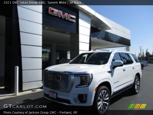 2021 GMC Yukon Denali 4WD in Summit White