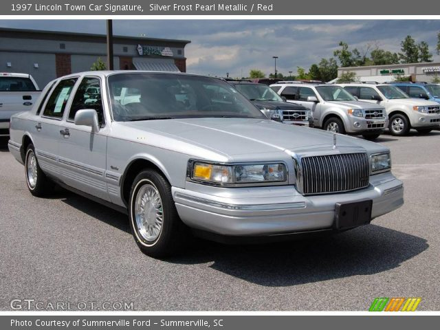 silver frost pearl metallic 1997 lincoln town car signature red interior. Black Bedroom Furniture Sets. Home Design Ideas