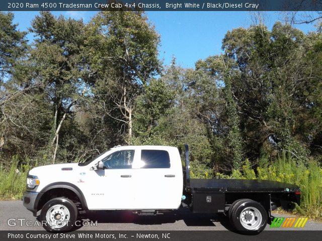 2020 Ram 4500 Tradesman Crew Cab 4x4 Chassis in Bright White
