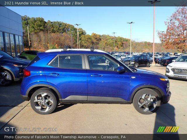 2021 Hyundai Venue SEL in Intense Blue