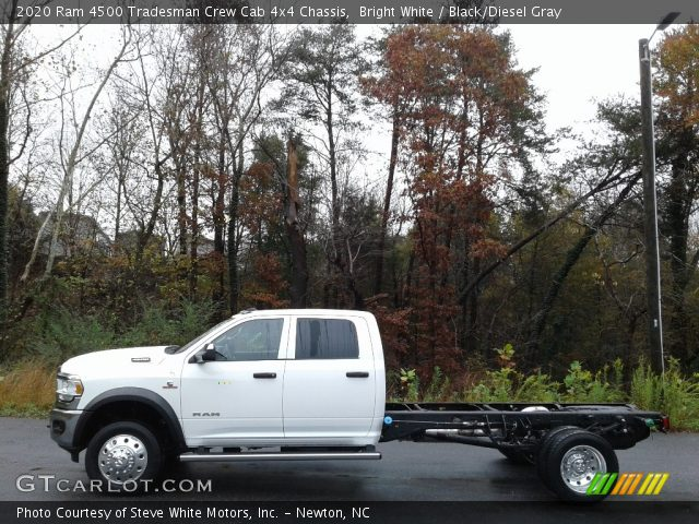 2020 Ram 4500 Tradesman Crew Cab 4x4 Chassis in Bright White