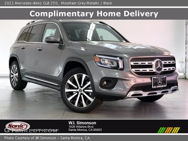 2021 Mercedes-Benz GLB 250 in Mountain Grey Metallic
