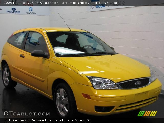 screaming yellow 2006 ford focus zx3 ses hatchback. Black Bedroom Furniture Sets. Home Design Ideas