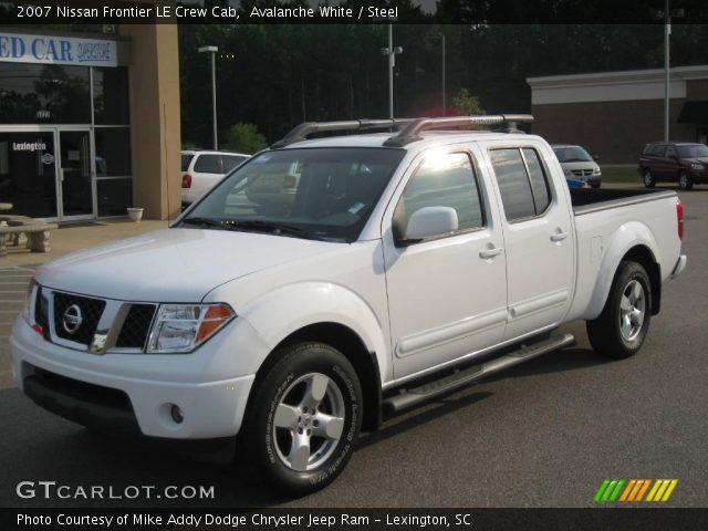 avalanche white 2007 nissan frontier le crew cab steel interior vehicle. Black Bedroom Furniture Sets. Home Design Ideas