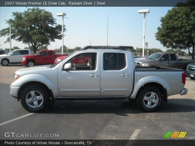 radiant silver 2007 nissan frontier le crew cab steel interior vehicle. Black Bedroom Furniture Sets. Home Design Ideas