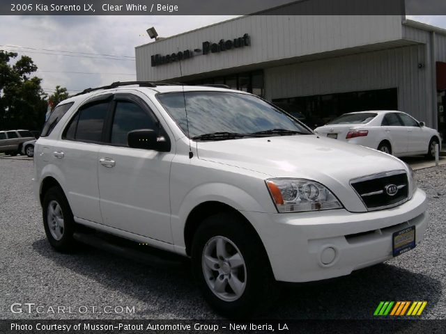 clear white 2006 kia sorento lx beige interior. Black Bedroom Furniture Sets. Home Design Ideas
