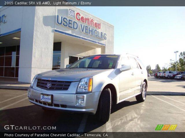 2005 Cadillac SRX V8 AWD in Light Platinum