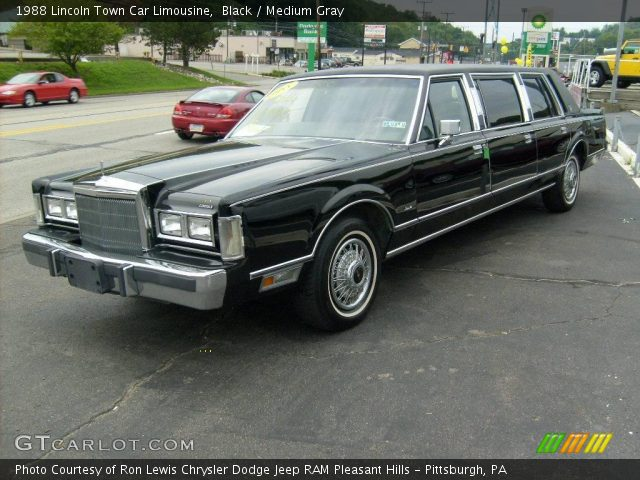 black 1988 lincoln town car limousine medium gray interior vehicle archive. Black Bedroom Furniture Sets. Home Design Ideas