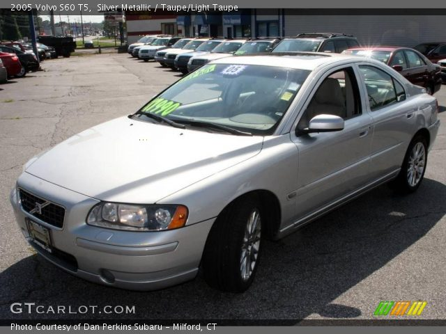 2005 Volvo S60 T5 in Silver Metallic