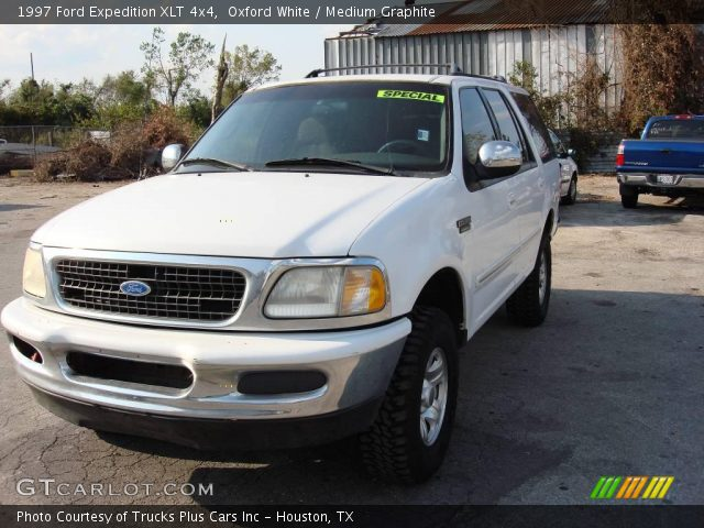 Oxford White 1997 Ford Expedition Xlt 4x4 Medium