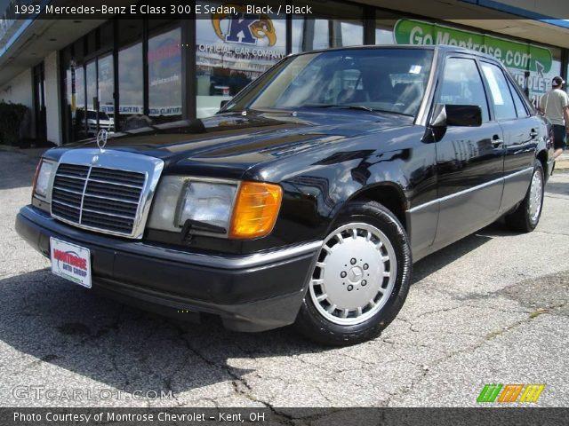 1993 Mercedes-Benz E Class 300 E Sedan in Black