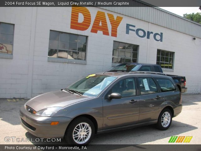 liquid grey metallic 2004 ford focus se wagon medium. Black Bedroom Furniture Sets. Home Design Ideas