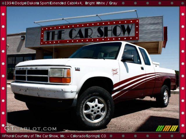 on 1998 Dodge Dakota Sport Black