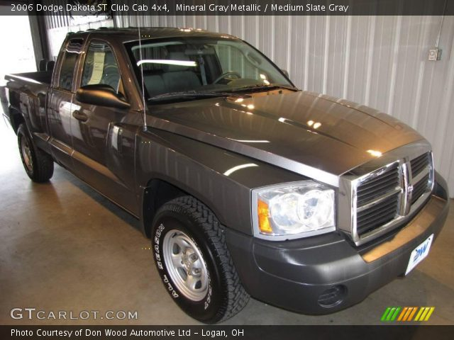 mineral gray metallic 2006 dodge dakota st club cab 4x4 medium slate gray interior. Black Bedroom Furniture Sets. Home Design Ideas