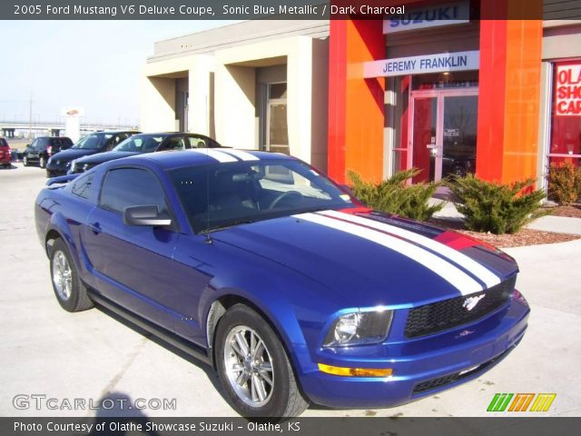 sonic blue metallic 2005 ford mustang v6 deluxe coupe dark charcoal interior. Black Bedroom Furniture Sets. Home Design Ideas