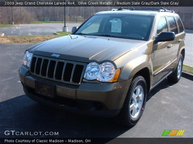 olive green metallic 2009 jeep grand cherokee laredo 4x4 medium slate gray dark slate gray. Black Bedroom Furniture Sets. Home Design Ideas