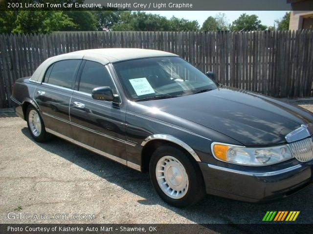 midnight grey 2001 lincoln town car executive light. Black Bedroom Furniture Sets. Home Design Ideas