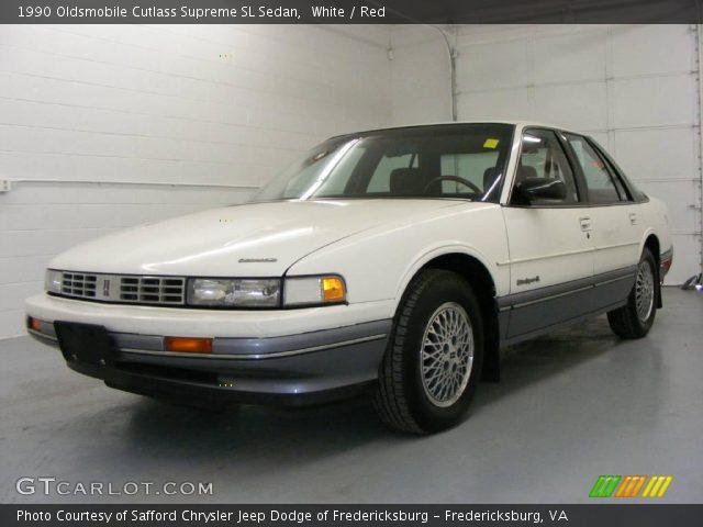 1990 Oldsmobile Cutlass Supreme SL Sedan in White