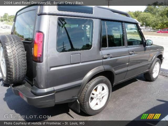 bonatti grey 2004 land rover discovery se black interior vehicle archive. Black Bedroom Furniture Sets. Home Design Ideas