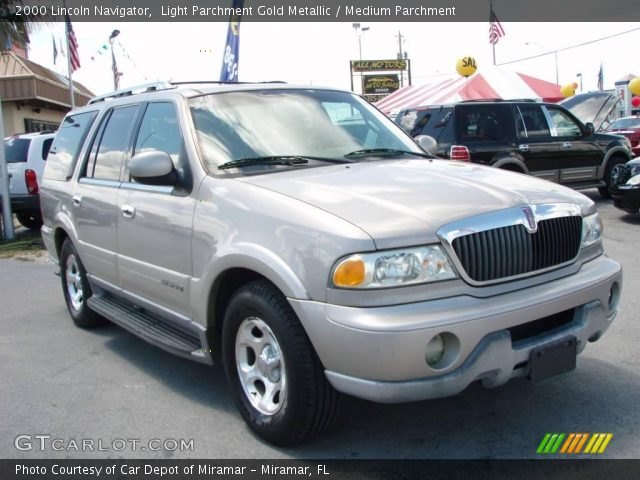 Light parchment gold metallic 2000 lincoln navigator medium parchment interior gtcarlot 2000 lincoln navigator interior