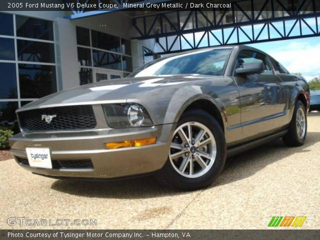mineral grey metallic 2005 ford mustang v6 deluxe coupe dark charcoal interior gtcarlot. Black Bedroom Furniture Sets. Home Design Ideas