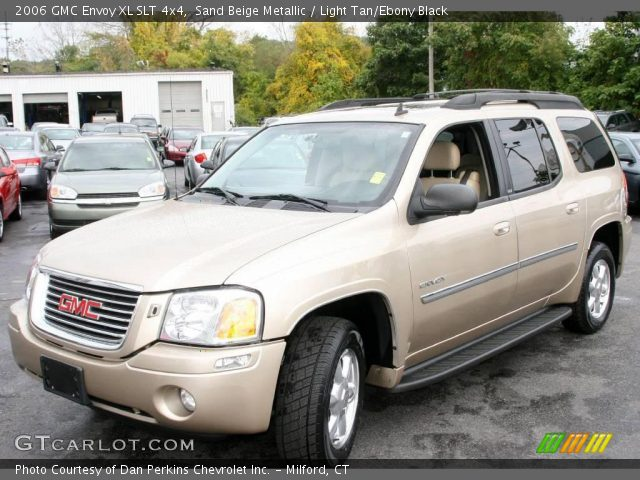 sand beige metallic 2006 gmc envoy xl slt 4x4 light. Black Bedroom Furniture Sets. Home Design Ideas